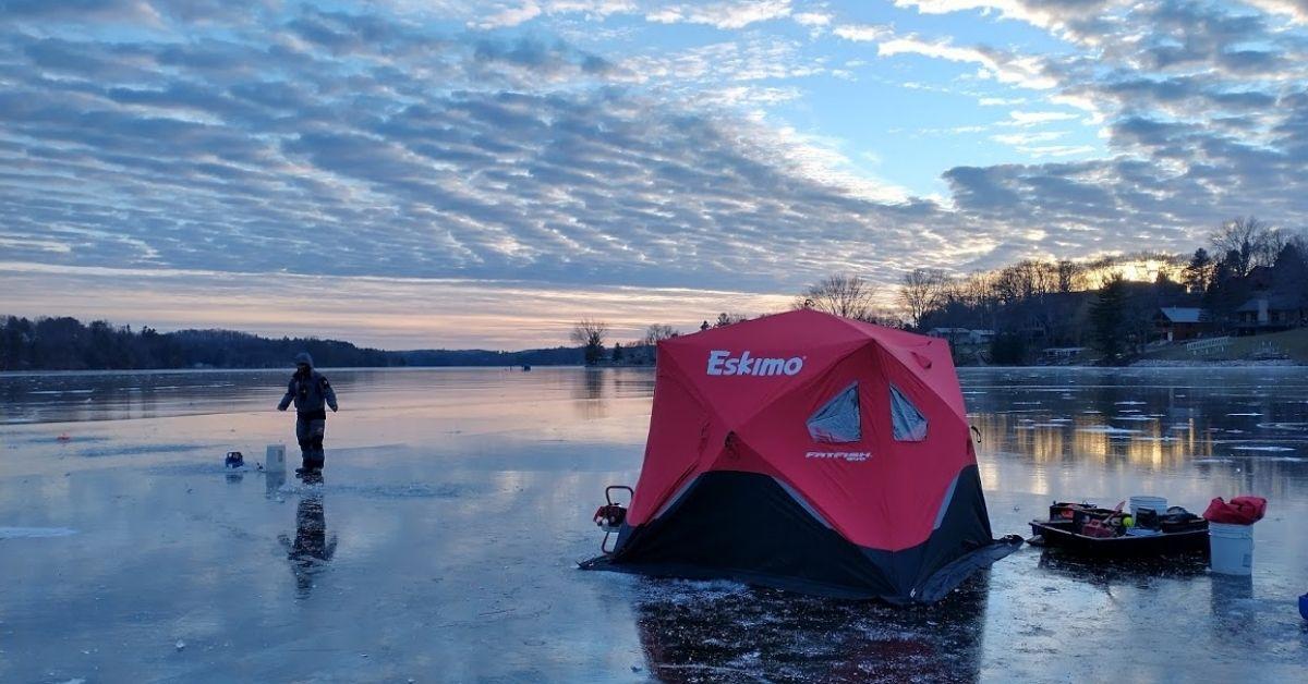 ice fishing fight wisconsin.jpg